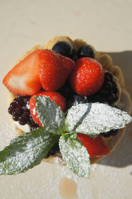 Summer fruit tart with creme patissiere