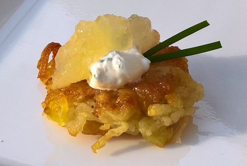 Mini latkes with apple sauce and sour cream